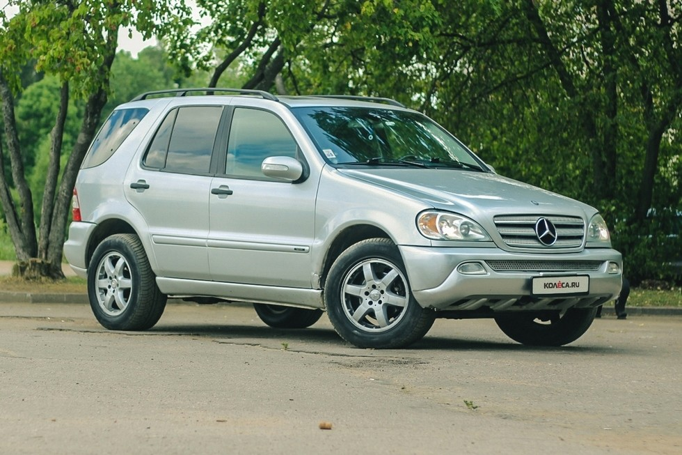 Mercedes-Benz ML W163 три четверти (3)